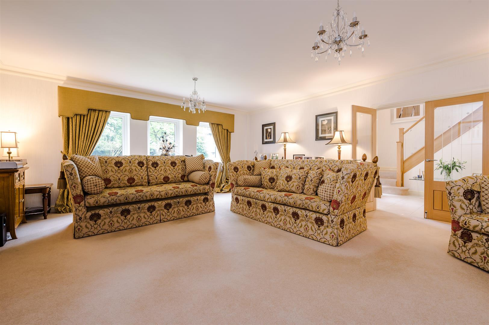 4 bedroom detached house Sale Agreed in Bolton - DSC_0594.jpg.